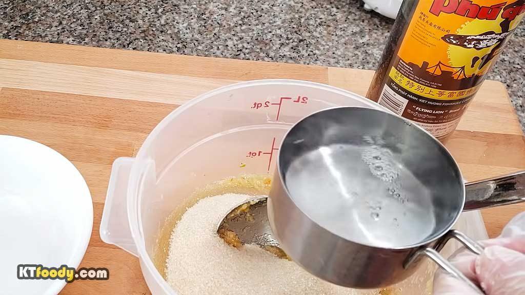 Viet Dipping Sauce - adding hot water