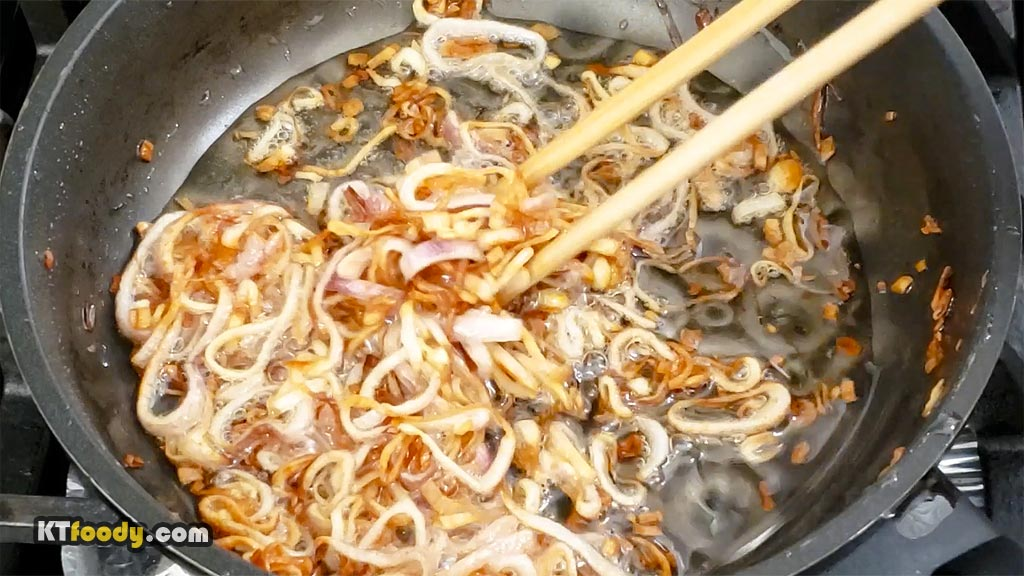 Rice Noodle Shallots Frying