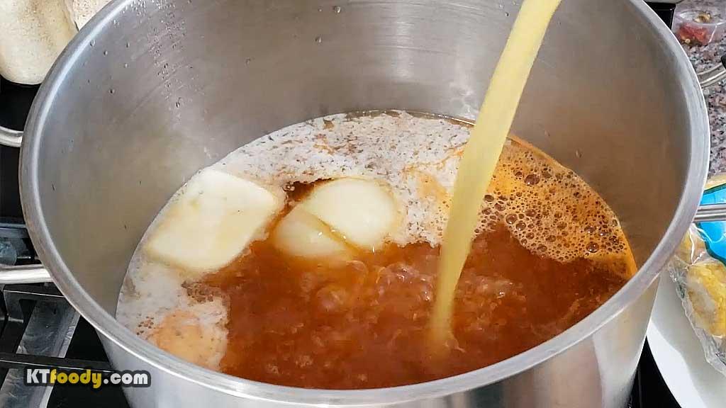 crawfish adding ingredients to pot part 2