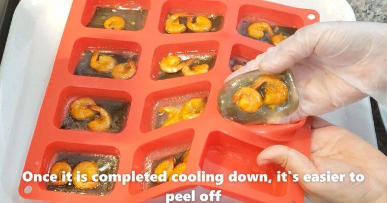 VietnameseShrimpDumpling - peeling dumpling from mold