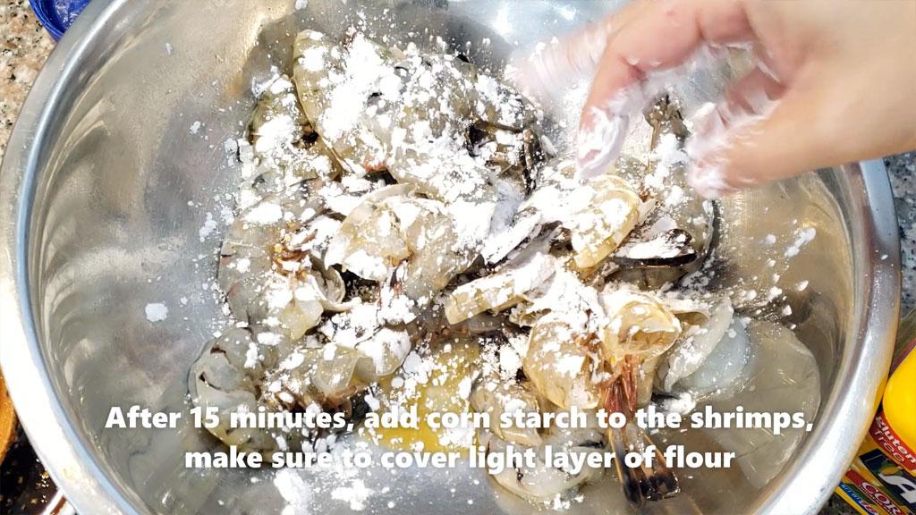 garlic prawn - mixing flour